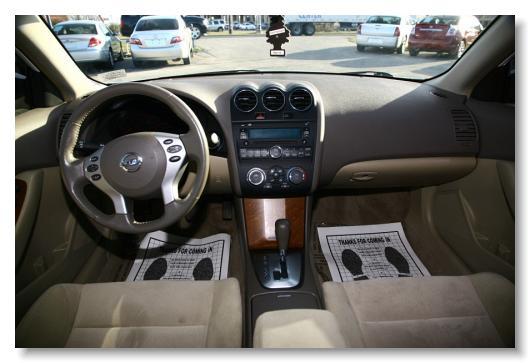 Nissan_Altima_2007_2.5 S_White_409776 8