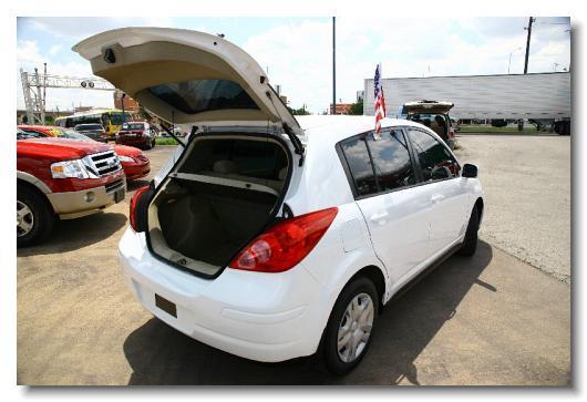 Exceptional Nissan_Versa_2008_1.8S_White_463456   9